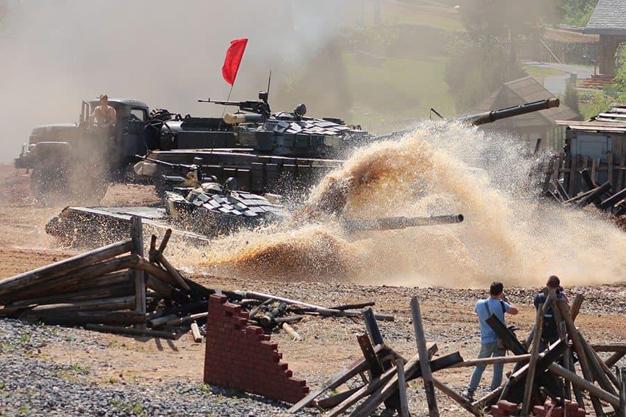 Танковый биатлон прошел на Линии Сталина